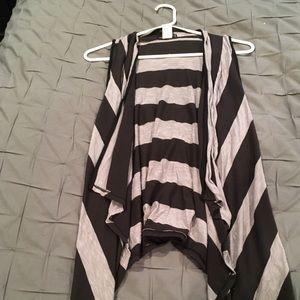 One Clothing Flowy Vest